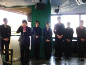 7名のブライダルビジネスコースの学生たち。
